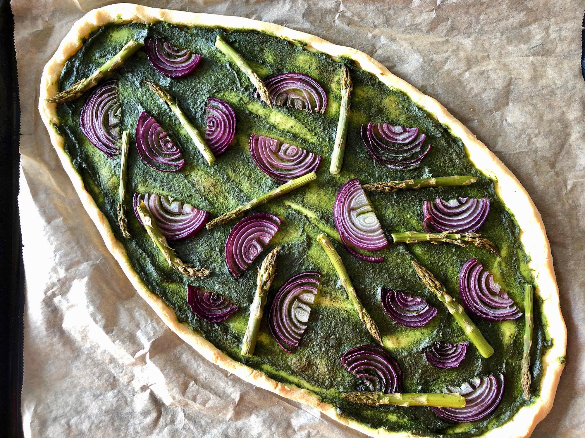 gräddad grön pizza direkt från ugnen