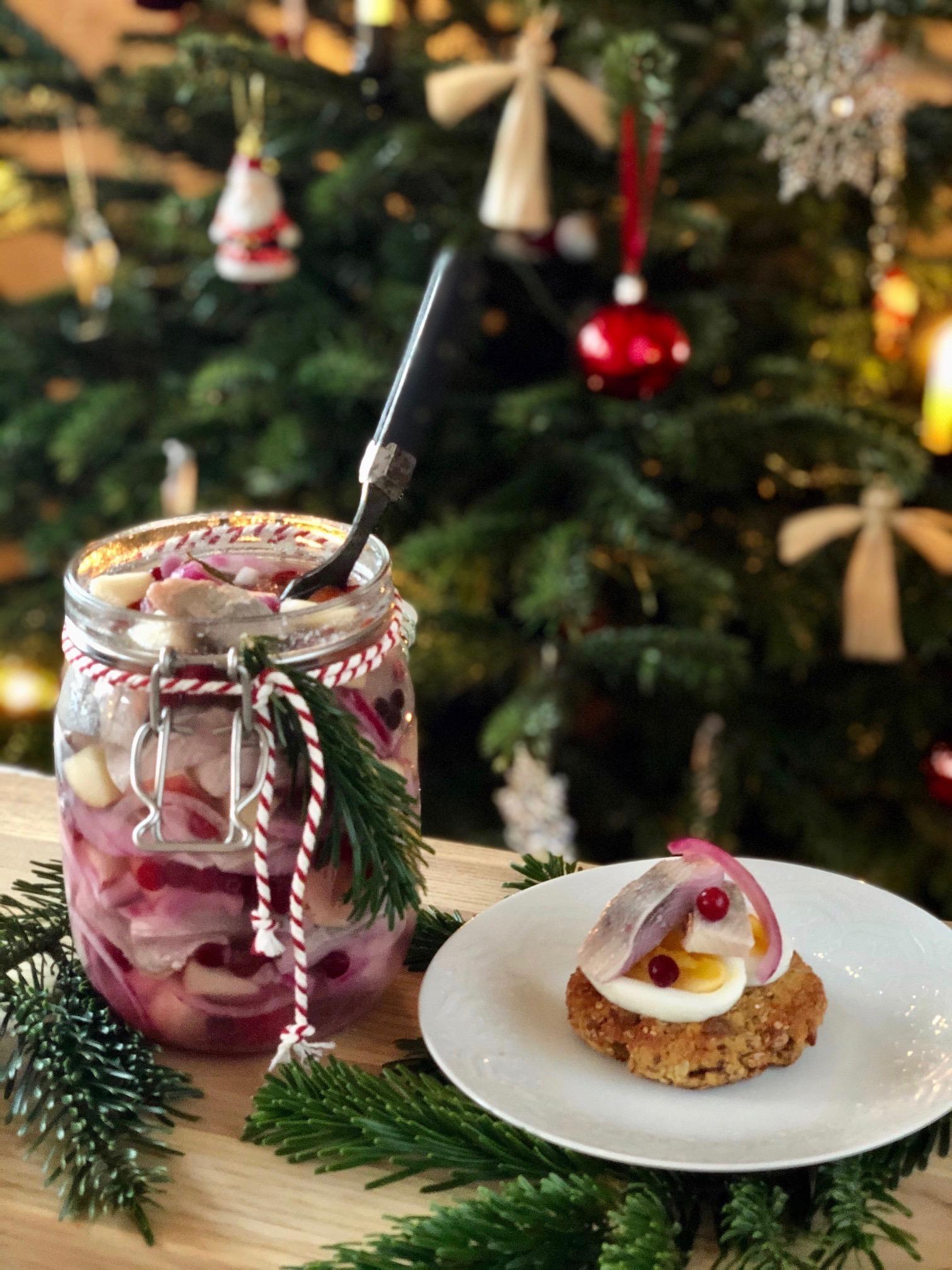 Julsill med julbröd och ägg