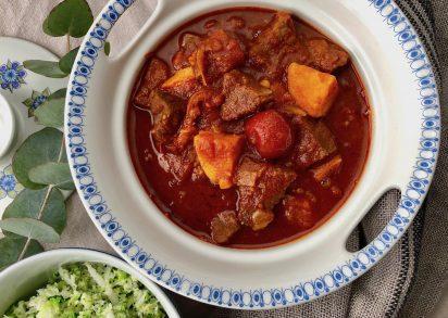 Chiligryta med nötkött och sötpotatis